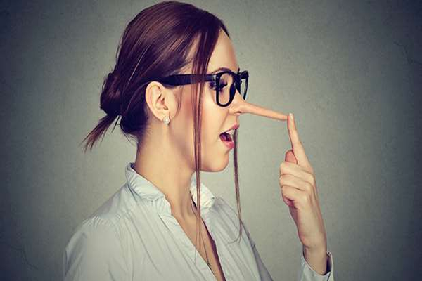 10 Common Lies Told by Women